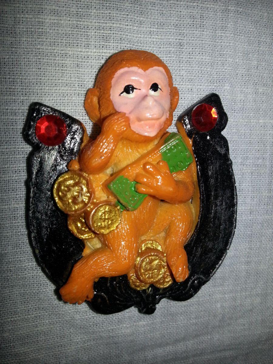 Магниты на холодильник обезьянка 001-1